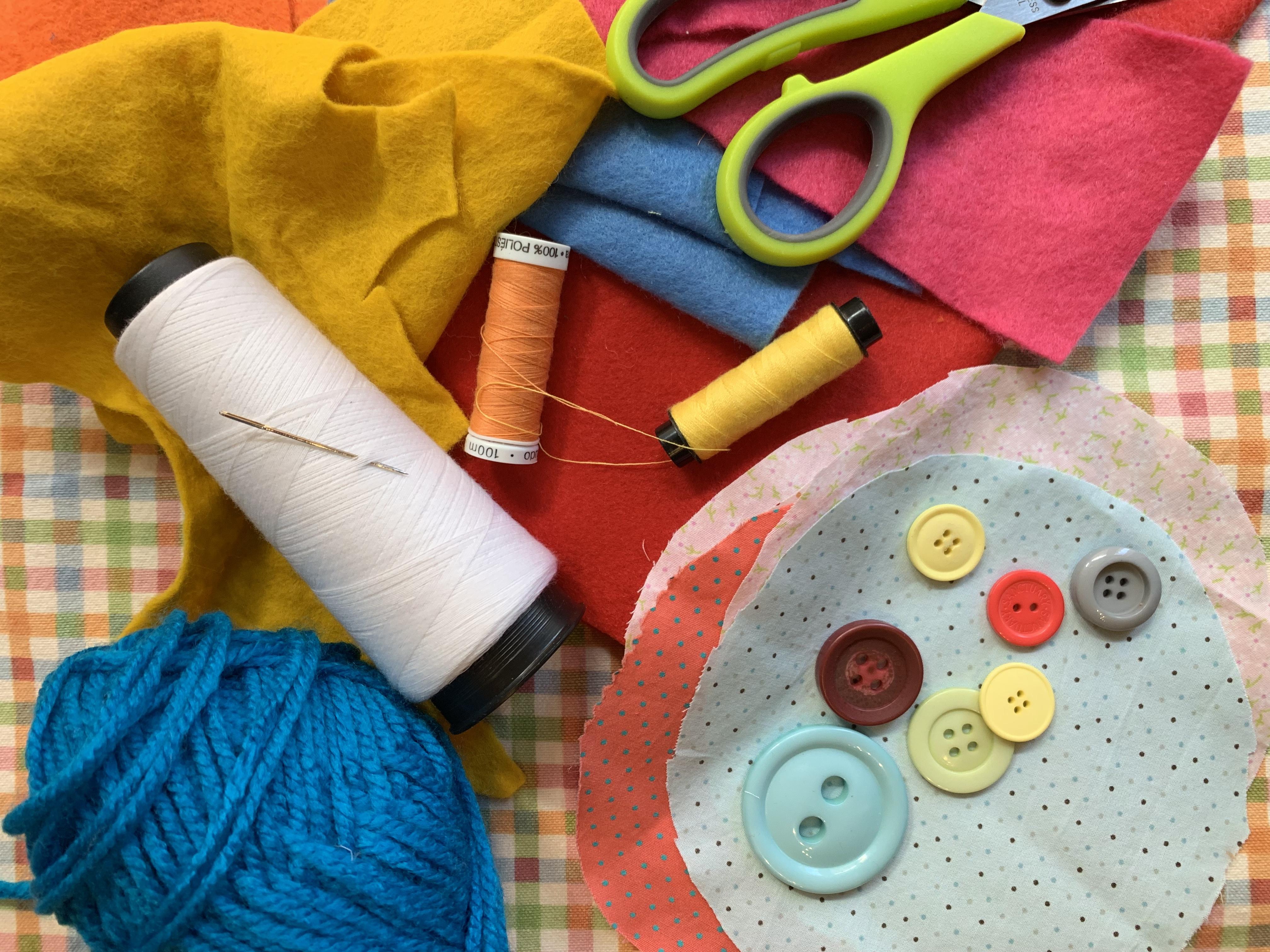 """Sabato 25 Maggio Kids lab """"CREATIVITA' A MILLE"""" – The Fabric Tale e Atelier SottoSopra"""