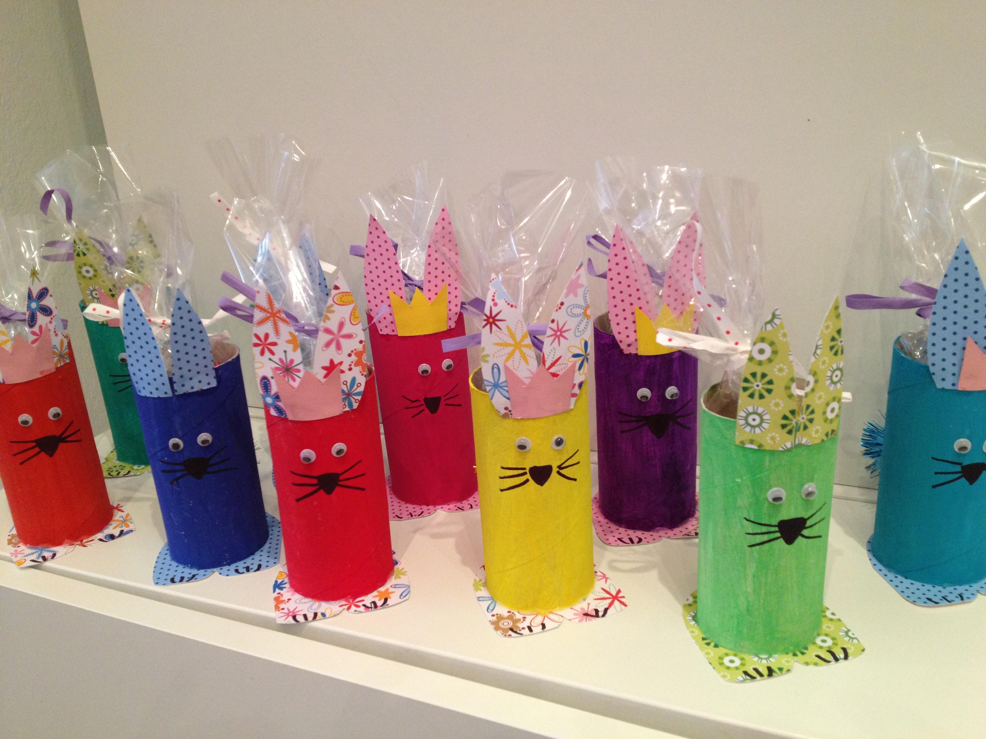 Ecco le nostre proposte per creare insieme ai bambini dei Coniglietti porta ovetti per una Pasqua tutta colorata!!!!