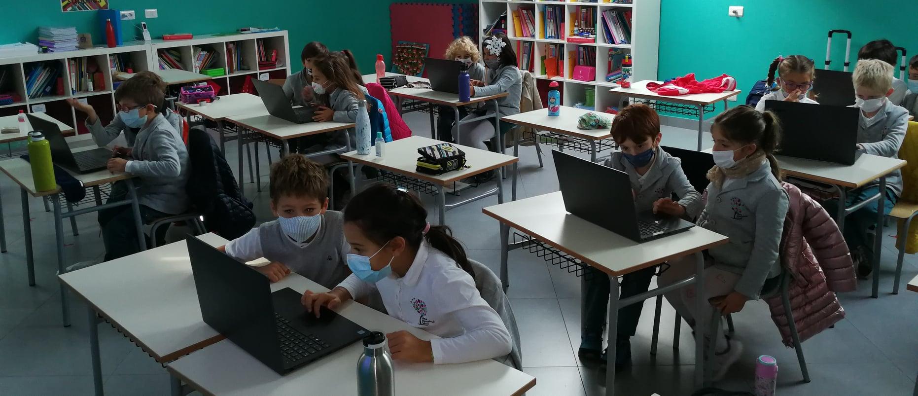 """Sabato 21 novembre Openday online Olona International School! Ecco le foto e  lo Speciale """"Orientamento Scolastico e Universitario!"""